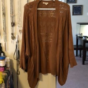 Maurices cocoon cardigan // gold in color // XL
